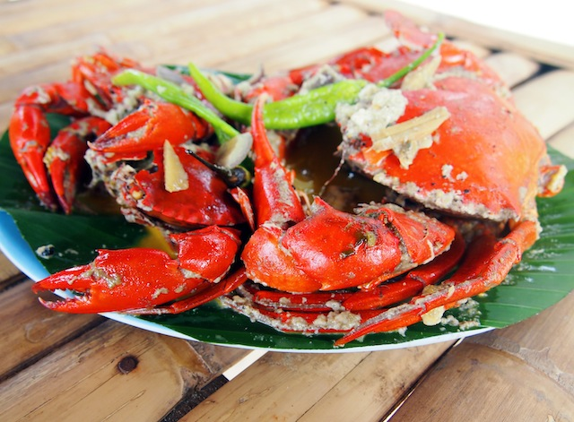 El Nido Nacpan beach crab in coconut milk