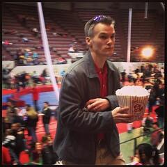 My man. #popcorn #daddyrocks #familyfunnight #circus