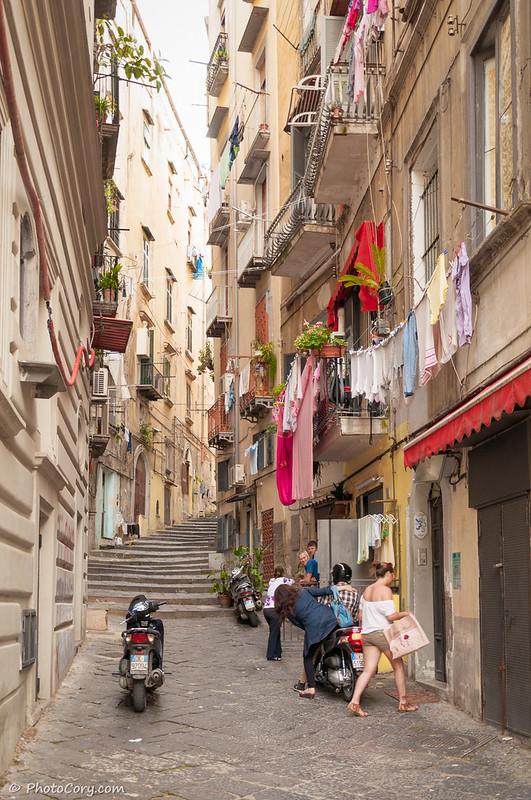 Naples laundry