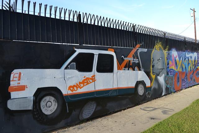 Murals and spontaneous street art explore atomic hot for 18th street gang mural