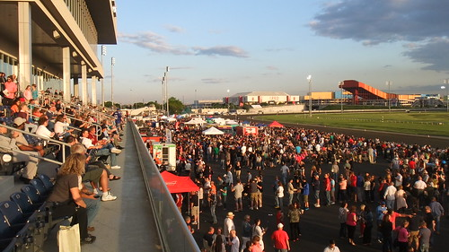 #SnapShot | Packed House For Jersey Fest #Meadowlands