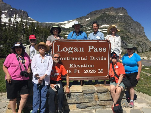 Counter Clockwise: side pocket, mcmom, woolibar, Ojibwa, peregrine kate, markdd, foresterbob, Mrs. side pocket, Mrs. markdd and figbash at Logan Pass, the Continental Divide