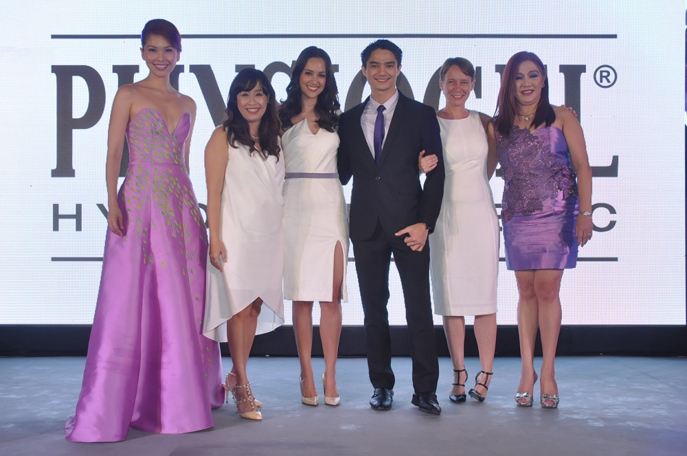 Bianca Valerio, event host; Gikki Martija, Marketing Manager GSK; Justin Lladoc, Skin Health Category Lead, Heather Pelier, Incoming General Manager GSK; Dr. Ma. Teresita Gabriel; with Physiogel Brand Advocate, Patti Gra