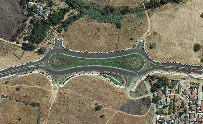 badajoz, rotondas con focomelos, después, urbanismo, planeamiento, urbano, desastre, urbanístico, construcción, rotondas, carretera