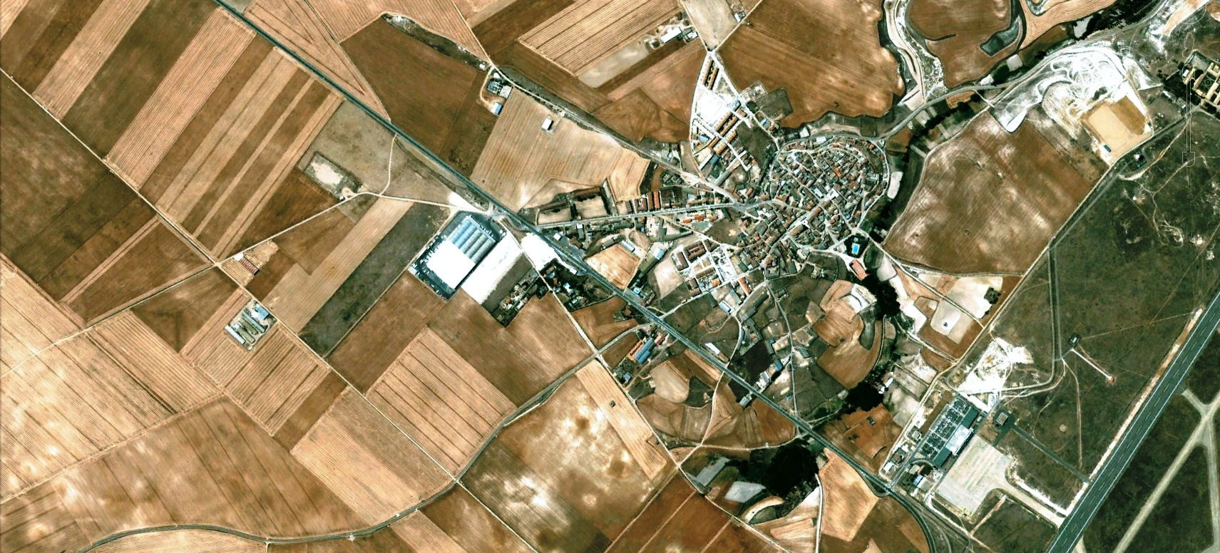 antes, urbanismo, foto aérea, desastre, urbanístico, planeamiento, urbano, construcción,Villanubla, Valladolid,aeropuerto