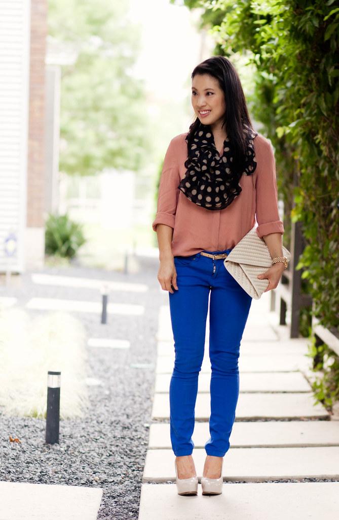 cobalt pants, pink shirt, polka dot scarf #summer #streetstyle