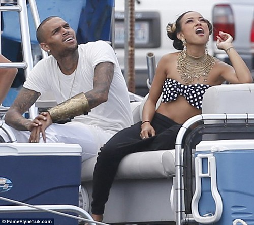 Chris Brown in Hawaii with his wifey Karrueche shooting a new music video