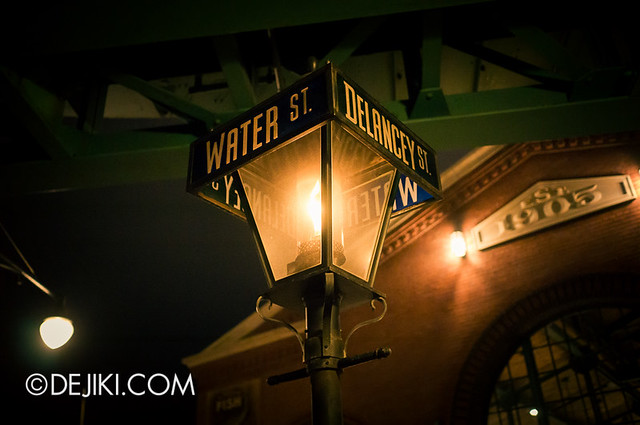 American Waterfront - Gas Lamp
