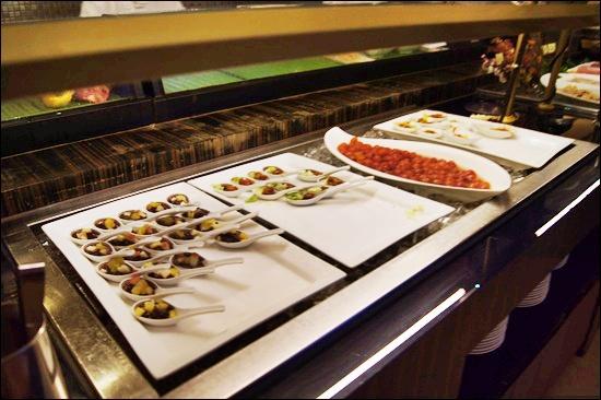 [台南]-台糖長榮桂冠酒店-吃遍天下自助餐@ 狸貓的網路日誌 ...