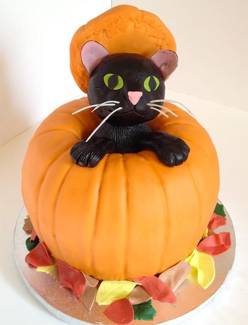 Pumpkin Halloween Cake with Black Cat