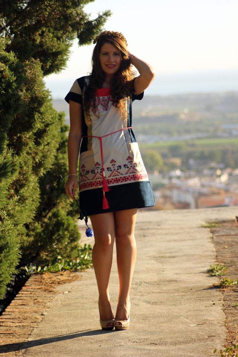 Rosalita-Mc-Gee-vestido-azul-y-rosa-heelsandroses-(2)