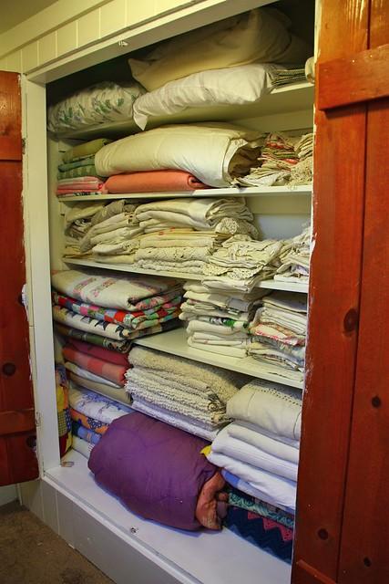 Linen Closet Complete!