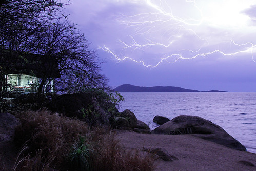 africa longexposure nature weather night ef1635mmf28lusm malawi lightning lakemalawi lakenyasa domweisland canoneos7d lakemalawinationalpark