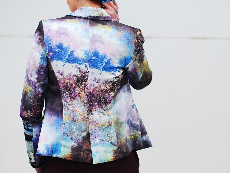 Landscape patterned blazer