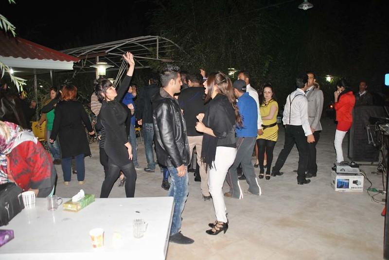 11 Fiesta y bailoteo en casa de Parisa en Shiraz (10)