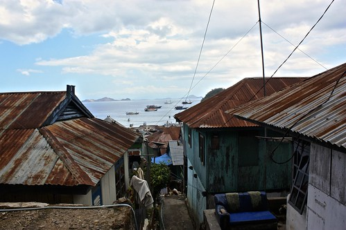 rusty roof houses line the streets of Labuan Bajo