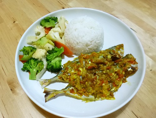 Rice with fish and veges by adline✿makes