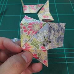 การพับกระดาษเป็นรูปเรขาคณิตทรงลูกบาศก์แบบแยกชิ้นประกอบ (Modular Origami Cube) 020