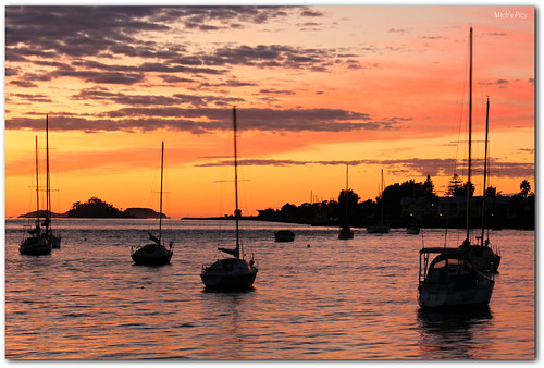 morning sky orange cloud seascape color colour clouds sunrise canon river dawn riverclyde flickr australia newsouthwales batemansbay moorings canonphotography canon600d