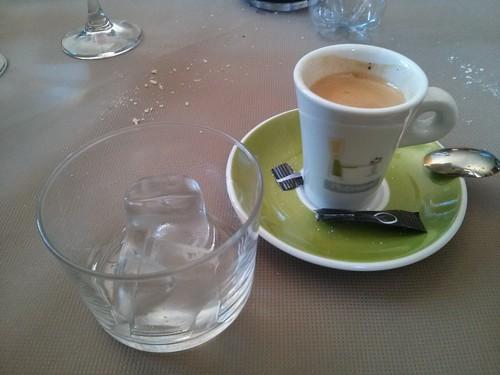 Broto | Restaurante Las Endrinas | Café con hielo