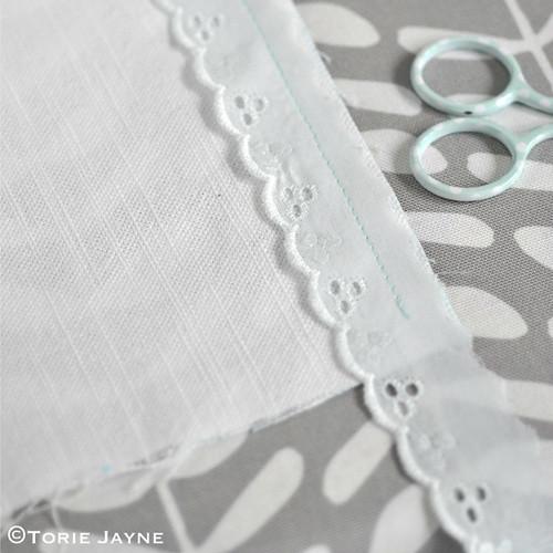 Cross stitch cushion tutorial