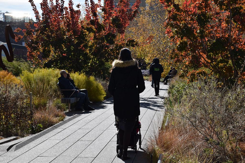 Caminando por la High Line. Los colores en esta época eran maravillosos.