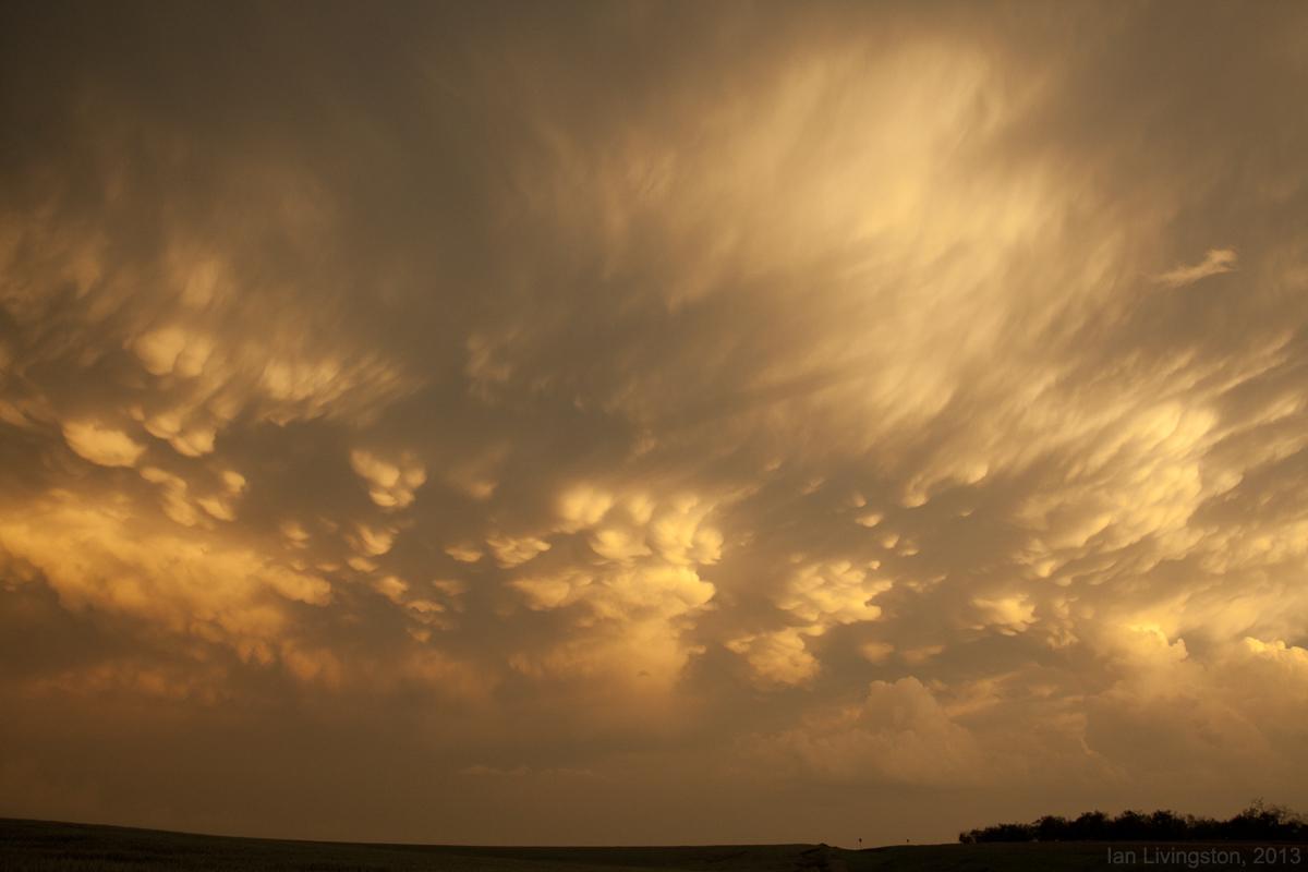 Kansas jewell county randall - Kansas Thunderstorm Mammatus 052713chase