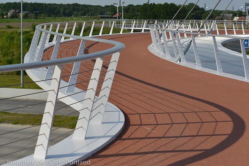 The Hovenring in Eindhoven-31