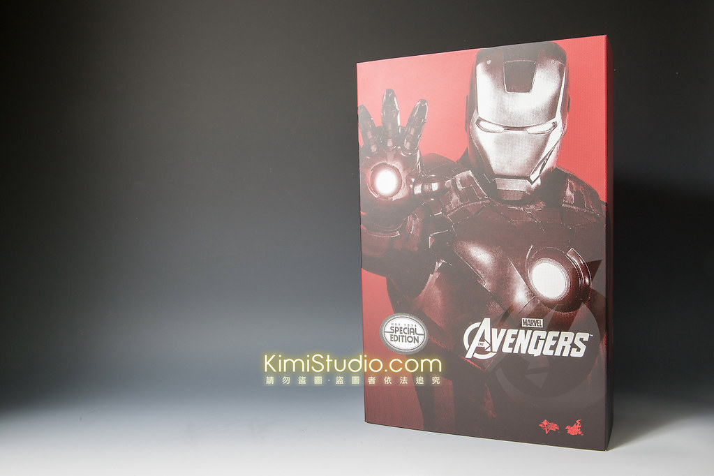 2013.06.11 Hot Toys Iron Man Mark VII-001