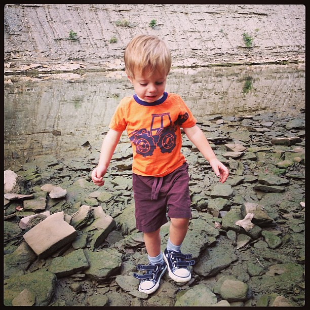 What to do w a little boy who was upset his sister got to go to school wo him? ROCKS WATER. Aka take him to the metro parks.  #clevelandmetroparks