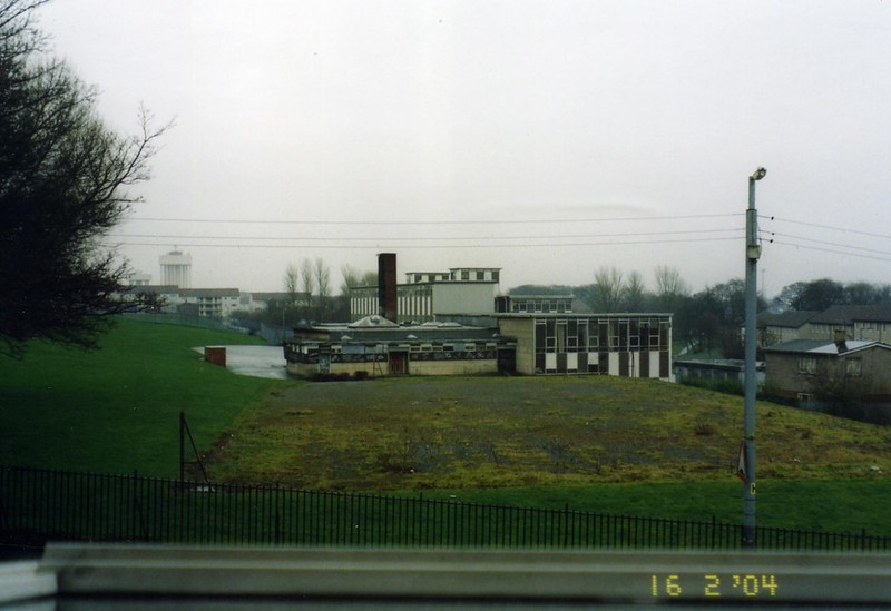Ruchazie Primary School from Elibank Street