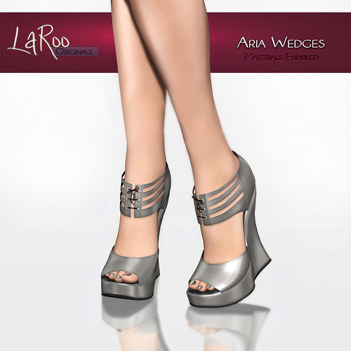 (LaRoo) Aria Wedges