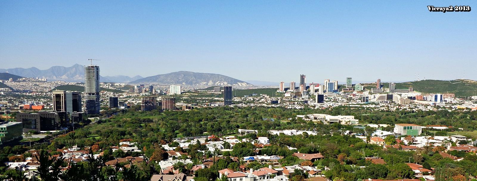 Foto panoramica de rayados 60