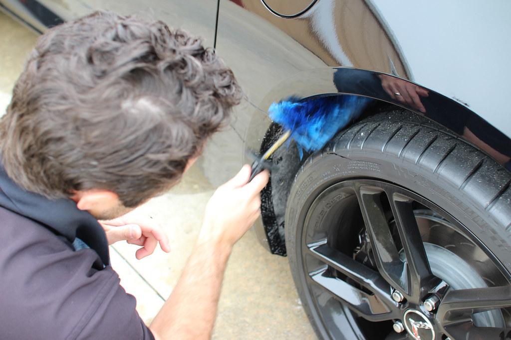www.detaileddesignsautospa.com atlanta car detailing wheel misses_2