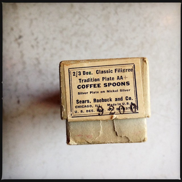 coffee spoon box.