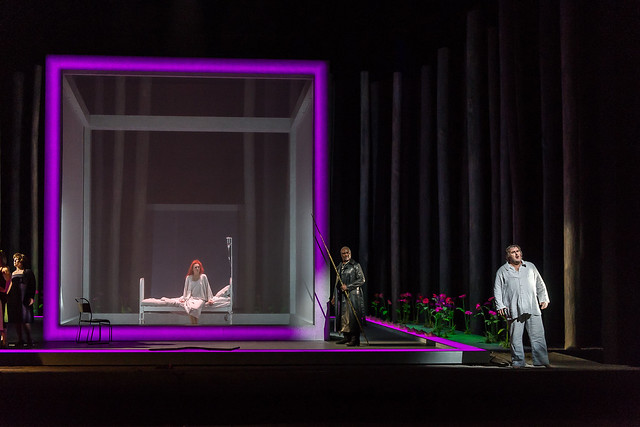 Angela Denoke as Kundry, Willard W. White as Klingsor and Simon O'Neill as Parsifal in Parsifal © ROH / Clive Barda 2013