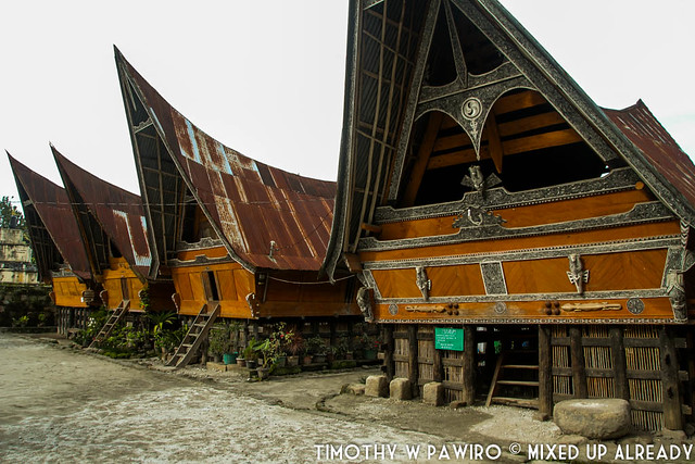 Indonesia - North Sumatra - Medan - Stone Chair of King Siallagan - Batak Traditional House (1)