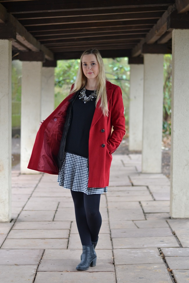 Outfit roter Mantel Asos (2)