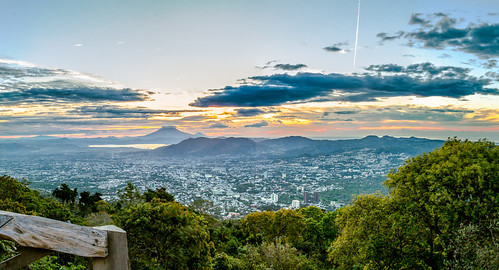 city morning sunrise landscape volcano day cloudy ciudad paisaje amanecer elsalvador viewpoint mirador centralamerica sansalvador maã±ana volcã¡n centroamã©rica