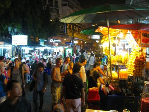 Noche en calle Rambuttri