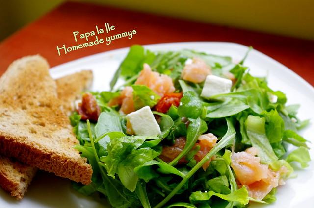 Salata cu somon afumat (1)