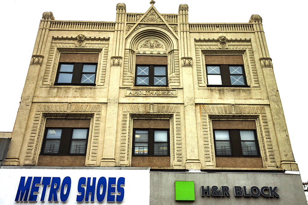 METRO-SHOES-and-H-n-R-BLOCK--Union-City