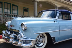 automobile, automotive exterior, pontiac chieftain, vehicle, automotive design, antique car, chevrolet bel air, vintage car, land vehicle, luxury vehicle, motor vehicle,
