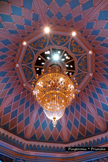 Chandelier in the Throne Room