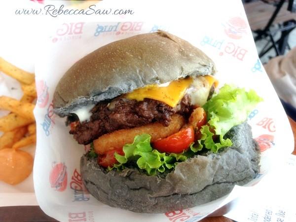 Big Hug Burger - SS15 Subang Square - burgers in subang-004