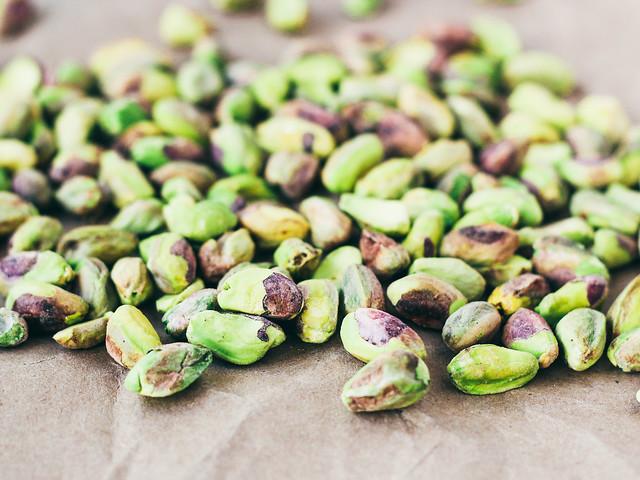 Raw pistachios