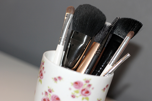 Beginners Guide to Make Up Brushes
