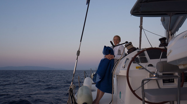 6am! Leaving early to sail from Kythnos to Poros