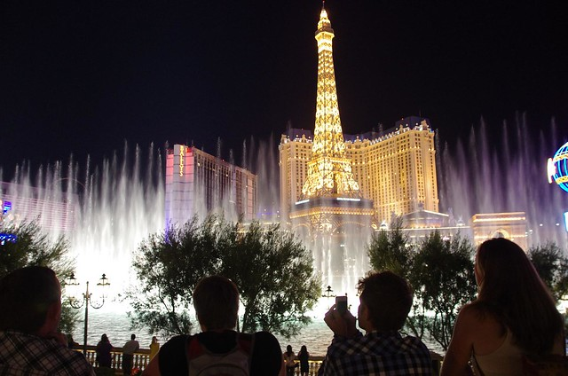 Watching Bellagio Fountains - Las Vegas
