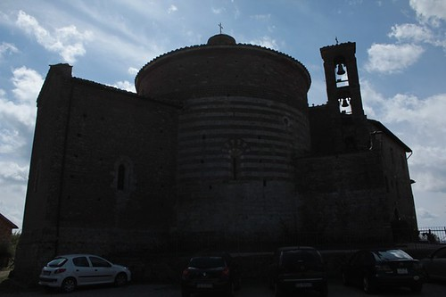 Cappella di Montesiepi: esterno